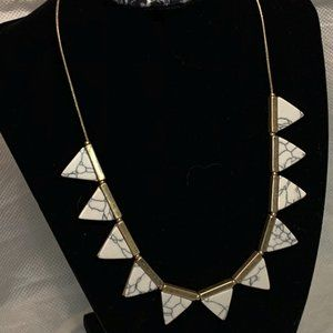 """Universal Thread Woman's 18"""" Triangle Necklace"""